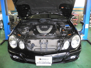 ジャガー W211 002.JPG