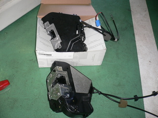 W211 black  polo 004.JPG